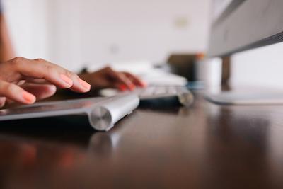 Search marketing clicks